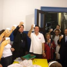 Brindisi finale con tutti i soci per festeggiare la Festa di Sant'Elena